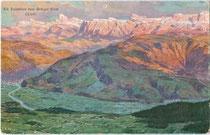 Die Dolomiten vom Penegal-Kulm (1.738m) oberhalb von Kaltern. Farbautotypie 9 x 14 cm ; Entwurf: Rudolf Alfred Höger (1877-1930); Verlag Hans Kohler & Co., München um 1910.  Inv.-Nr. vu914fat00097