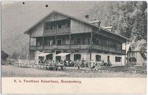 K(aiserlich). k(önigliches). Forsthaus Kaiserhaus in Brandenberg, Bezirk Kufstein, Tirol. Lichtdruck 9x14cm; Verlag von S. Rupprechter, Aschau (Gde. Brandenberg).  Inv.-Nr. vu914ld00047