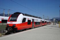 Regionalbahntriebwagen Siemens Desiro ML ÖBB Reihe 4746 im Dienst auf der Salzburg-Tiroler-Bahn (Salzburg-Saalfelden-Wörgl),  am Stumpfgleis vom Hbf Wörgl. Digitalphoto; © Johann G. Mairhofer 13.9.2018.  Inv.-Nr. 2DSC07033