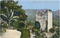 """Tappeinerweg bei der Burg ORTENSTEIN (""""Pulverturm"""") am Küchelberg oberhalb der Altstadt von Meran. Photochromdruck 9 x 14 cm; Impressum: Orthm(ar). Blaschke, Prien (am Chiemsee).  Inv.-Nr. vu914pcd00043"""
