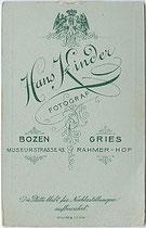 Hans KINDER - Bozen, Museumstraße 43 und Gries. Rahmer-Hof: Geistlicher Herr wohl von der Benediktinerabtei Muri-Gries, um 1895. Inv.-Nr. vuVIS-00065b