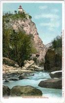 Die ZENOBURG aus der Passerschlucht. Photochromdruck 9x14cm; Verlag F. W. Ellmenreich, Buch- und Kunsthandlung, Meran-Mendel-Trafoi-Karersee um 1900.  Inv.-Nr. vu914pcd00167