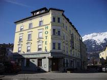 """Hotel """"Alt-Pradl"""" in der Pradler Straße 8 in Innsbruck-Pradl. Digitalphoto; © Johann G. Mairhofer 2013.  Inv.-Nr. 1DSC05994"""