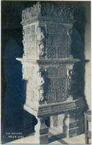 Kachelofen im 1211 von den Grafen von Eppan erbauten Castel Valer in Tassullo im Nonstal, heute Comunità della Val di Non (C 6), Provincia di Trento. Impressum: A(lfred). Stockhammer, Hall in Tirol 1920.  Inv.-Nr. vu914gs01178