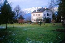 Villa am Gletscherblickweg in Igls. Farbdiapositiv 24x36mm; © Johann G. Mairhofer 1992. Inv.-Nr. dc135fuRD147.1_05
