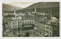 Hotel POST (ehem. Gräflich Görzische Stadtburg) am Hauptplatz in Lienz. Gelatinesilberabzug 9 x 14 cm; Impressum: Verlag F. Schilcher, Hofmanngasse 9, 1926.  Inv.-Nr.   vu914gs00527