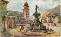 Piazza del Duomo mit romanischer Kathedrale San Vigilio und Neptunbrunnen in Trento (Trient). Farbautotypie nach einem Original von Edoardo Marchioro (1885-1932), dat. 1914, Verlag Uff(icio). Rev(erendo). Stampa, Milano.  Inv.-Nr. vu914fat00132