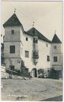Ansitz Getreuenstein in Dietenheim, Stadtgemeinde Bruneck. Gelatinesilberabzug 9 x 14 cm ohne Impressum um 1910.  Inv.-Nr. vu914gs00143