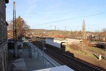 Mittelbahnsteige ohne Funktion, 2013
