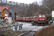 171 003 fährt mit Leerzug in Rübeland ein, 14.02.2004