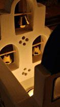 houten sfeerlicht Grieks kerkje met klokjes waxinelichtje uniek bijzonder_9