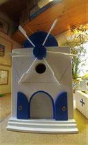 houten nestkastje Grieks molen beschilderd vogelhuisje