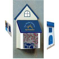 houten brievenbus motief hotel Samos_7