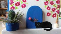 Houten nestkastje beschilderd Grieks huis kat zwart wit_1