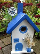 Houten Nestkastje, Nestkastje met Schotel, Details, Vogelhuisje bouwen ,  vogelhuisje met schotel