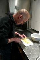 Der Küchenchef in Akton