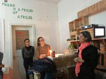 "minibar   Vortrag von Birgit Glatzel ""a firend is a friend of a friend"""