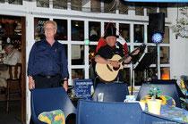 """Im """"Störtebeker"""", einer der urigsten Kneipen an der Ostsee, gab es auch Livemusik."""
