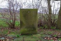 Der Gedenkstein aus Ortstypischen Roten Sandstein