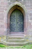 Eine Nebentür der Klosterkirche