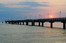 Die Seebrücke in Ahlbeck kurz nach Sonnenaufgang