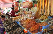 Trockenfisch am Markt