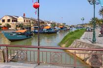 Brücke über den Song Thu Bon