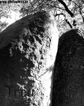 12 - Old stones (Fidelity) © www.photowords.de