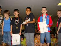 Bild 4: Sieger der Jungen U8 von links nach rechts: Giulio Schwarz, Makuan Abdelwahed, Cedric Smith, Toni Litovic und Lazar Stankovic