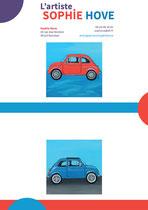 Une page d'exemple de la présentation de l'artiste Sophie Hove et de ses tableaux ayant pour thème les voitures de collection pour démarcher les collectionneurs _ Techniques : graphismes vectoriels