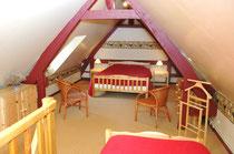 la mezzanine de la 1ère chambre (1lit 140 et 1 lit 90)