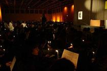 Taizégebet am 31.12.2011  in der Berliner Messe