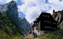 Wolyerseehütte in den Karnischen Dolomiten