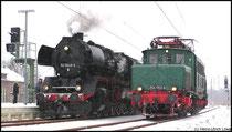 Kleine Lokparade von 50 3648 und E 254 052 am 14.02.2009 im Niederwiesaer Flockenwirbel.