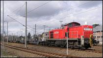 Am 26.03.2009 wurde 294 839 vor einem Zug Leer-Containerwagen in Niederwiesa gesichtet.