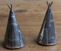 "4140 Navajo teepee salt and pepper shakers c.1930-50 1.25x2.25"" $395"