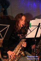 Andrea, eine von den musizierenden Rockerbräuten.