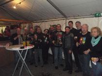 Rockmusiker trinken auch gerne mal ein Bier oder zwei....