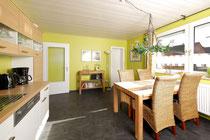 Wohnküche mit Essplatz