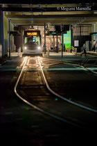 夜の路面電車・市電(富山市)