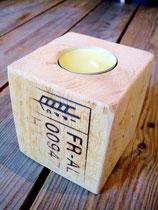Holzblockkerzenhalter