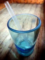 Trinkglas aus Flasche