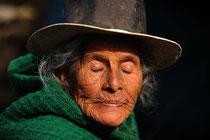 Marktfrau / Kartoffeln - Peru