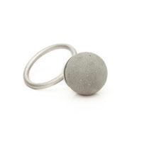 ring, big concrete pearl (15 mm)