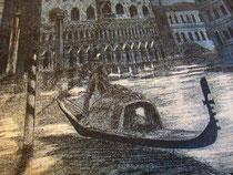Гондольер на фоне дворца дожей Венеции