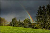 Regenbogen über dem Forggensee mit der Kirche von Waltenhofen 1143