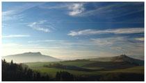 Blick auf den Hohenstoffeln und den Mägdeberg 6613