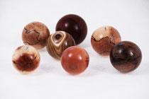 Holzarten: Essigbaum, Mahagoni, Eibe, Zwetschke, Buche gestockt