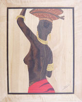 Naomi buste d'africaine de dos (300/370)