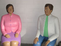 Betonfiguren-sitzend, zu sehen in Ostercappeln